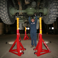 Car Amp Truck Garage Lifts 2 Post Lifts 4 Post Lifts